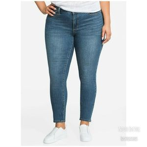 Denim - Nwt fearless curvy skinny jeans size 30 Tall